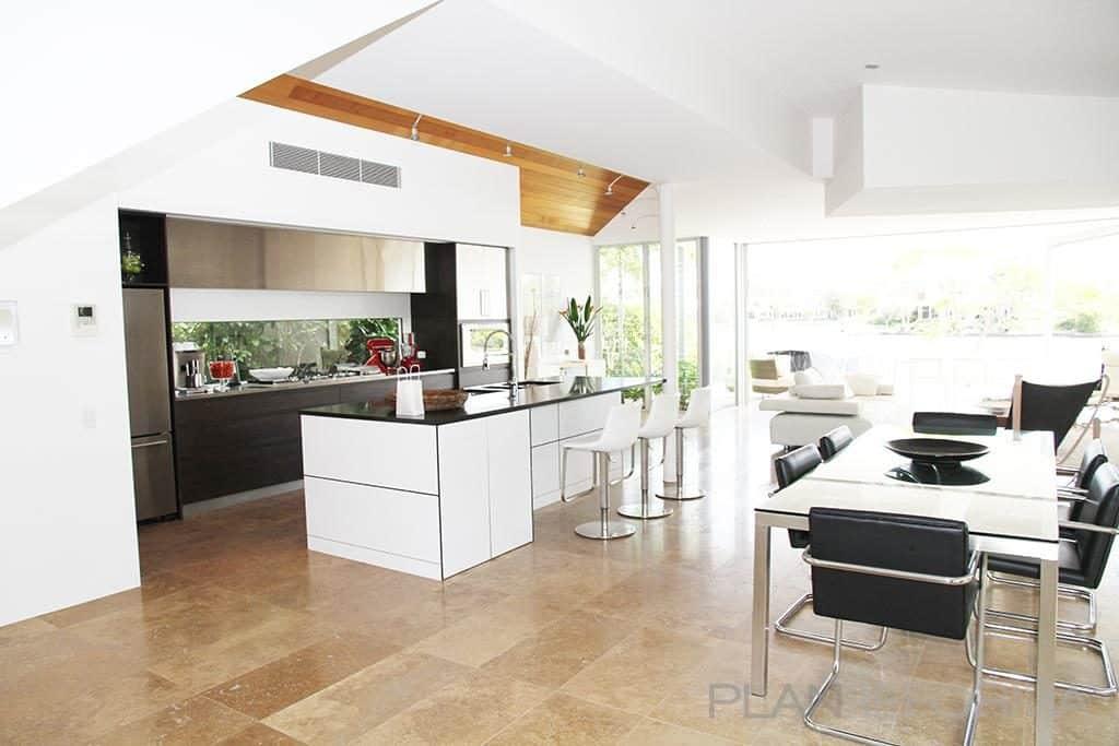 Las cocinas open space son una de las tendencias en muebles de cocina para 2020.